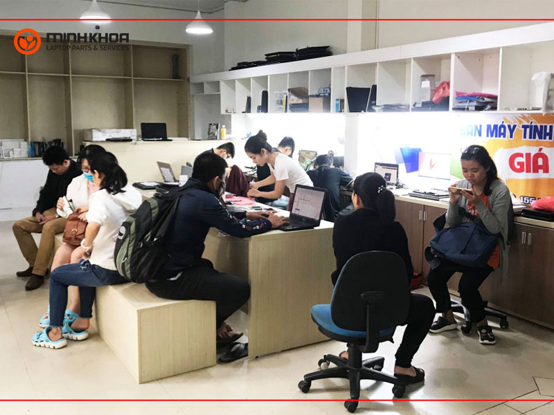 Showroom - Kĩ Thuật Laptop Minh Khoa