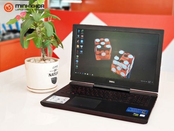 Laptop Dell Inspiron N7566